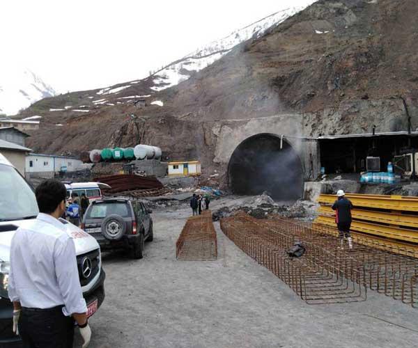 آتشسوزی در تونل در حال ساخت تهران ـ شمال