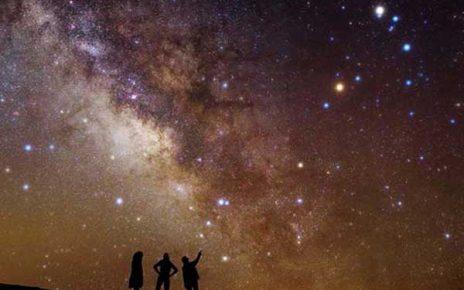 زیباترین مکان ها برای تماشای ستاره ها در شب
