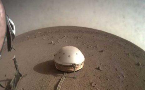 زلزله در مریخ و ماه و زمین