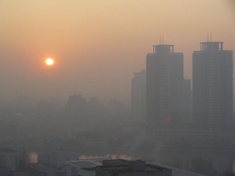 تعطیلی ادارات در روزهای آلودگی هوا