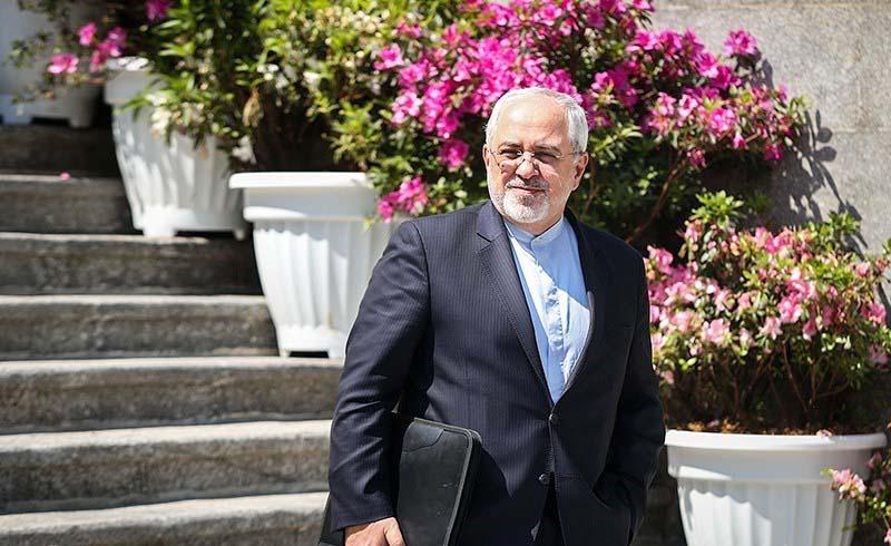 محمد جواد ظریف شایعه استعفای خود را رد کرد