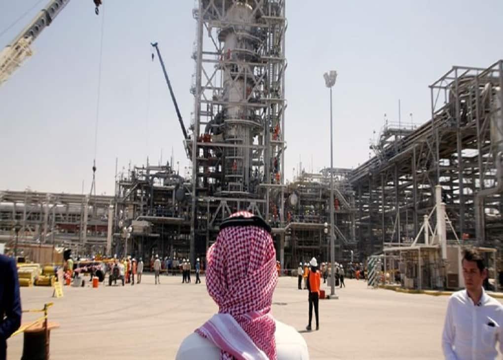 عربستان حملات موشکی به تأسیسات نفتی آرامکو را تایید کرد