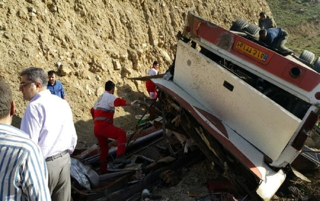 واژگونی اتوبوس در منطقه دوآب