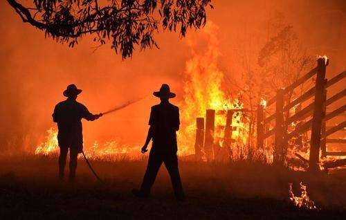 آتش سوزی جنگل ها در استرال