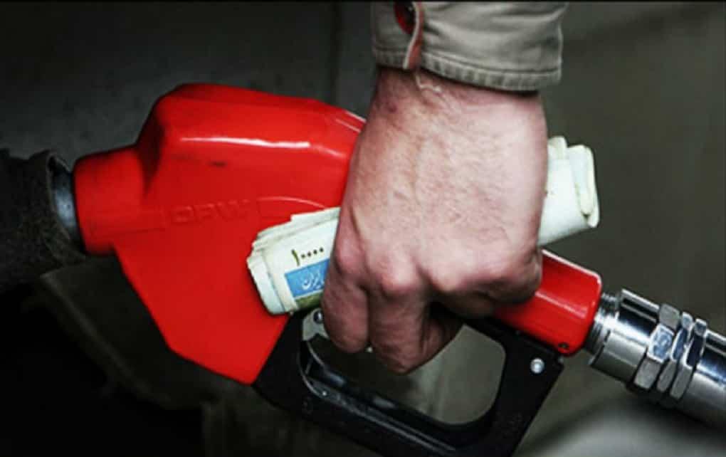 تکذیب تک نرخی شدن بنزین