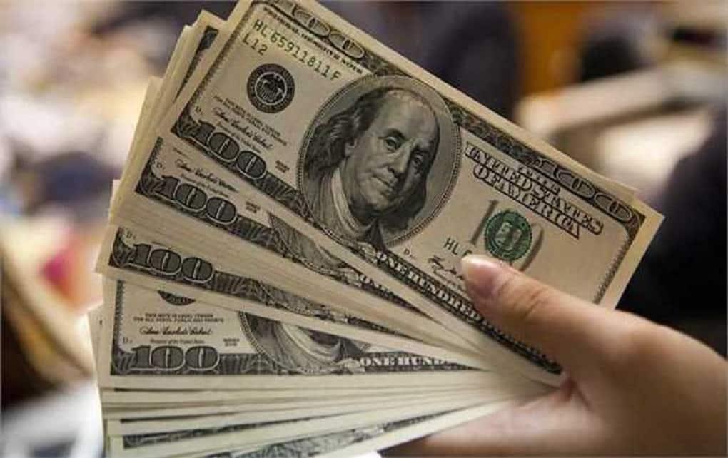 افزایش قیمت دلار در صرافیهای بانکی ۲۴ بهمن ماه