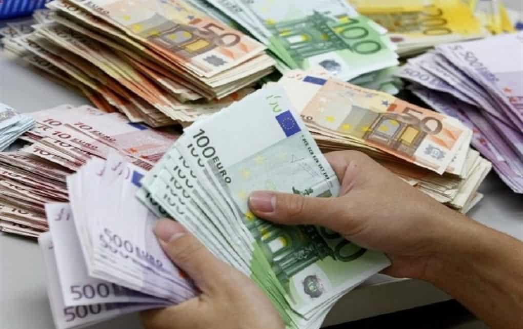 قیمت دلار و یورو 12 بهمن