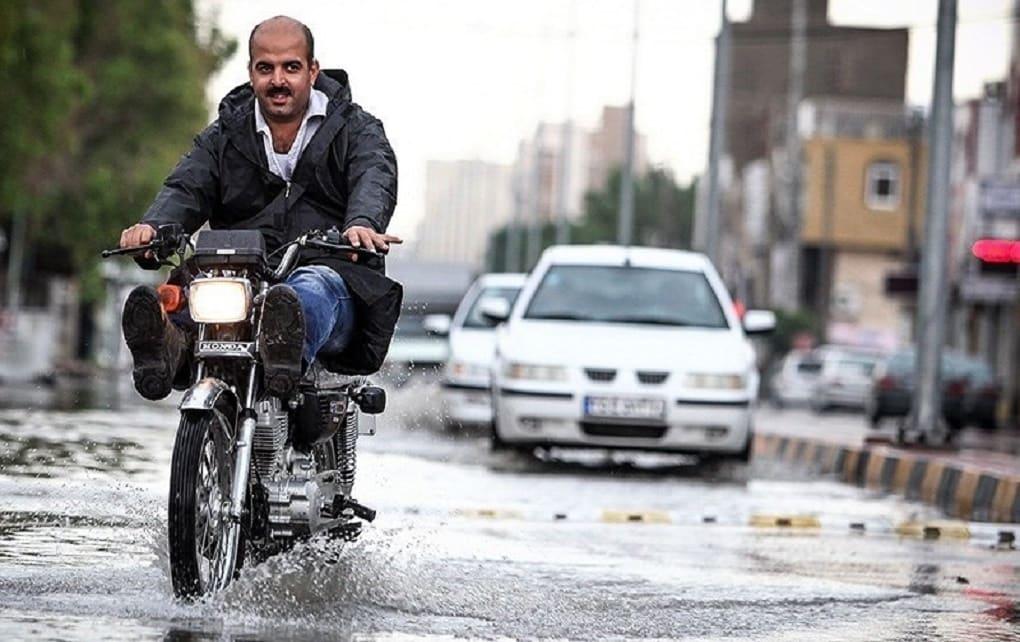 آغاز بارشهای سیل آسا در ۱۱ استان کشور