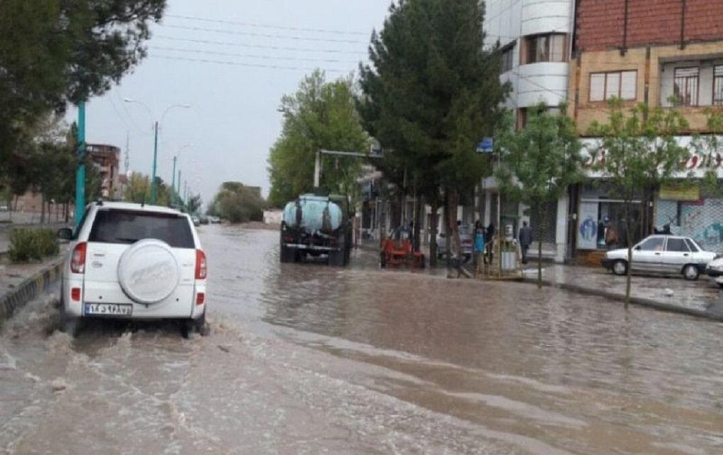 امدادرسانی به مناطق سیل زده جنوب استان کرمان