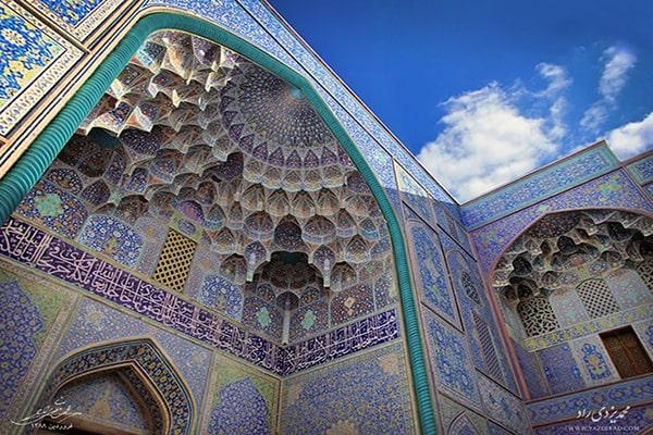 ساختمان مسجد شیخ لطف الله اصفهان