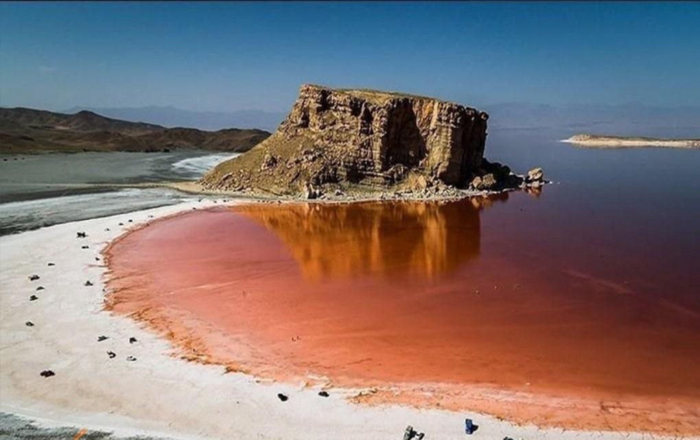 حجم آب دریاچه ارومیه