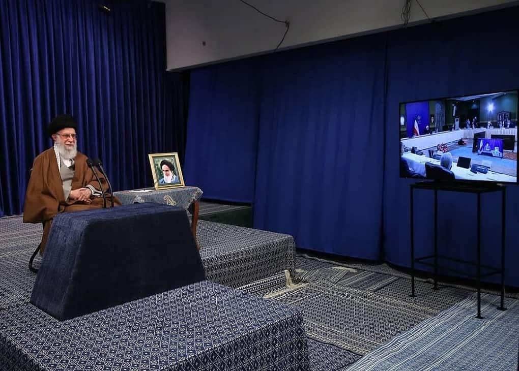 ارتباط تصویری ستاد ملی مبارزه با کرونا با رهبر معظم انقلاب اسلامی