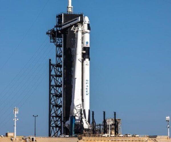 پروژه ناسا برای پرتاب دو فضانورد