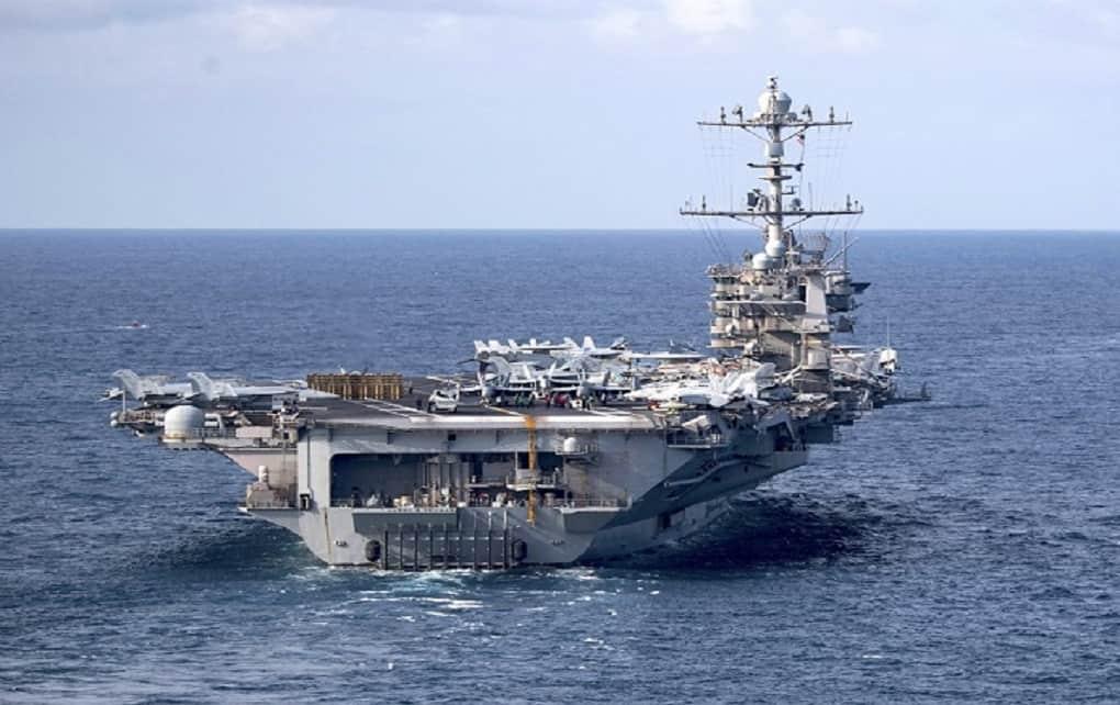 بیانیه نیروی دریایی آمریکا : اگر ۱۰۰ متر از ناوهای ما فاصله نگیرید، تهدید تلقی می شوید