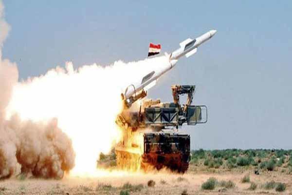 مقابله پدافند هوایی سوریه با پهپاد متجاوز خارجی