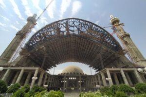 بزرگترین ایوان بدون ستون در تهران