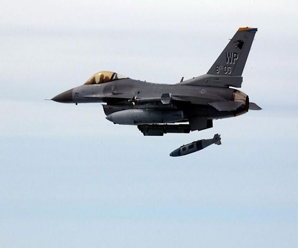 سقوط جنگنده اف ۱۶ ارتش آمریکا در نیومکزیکو