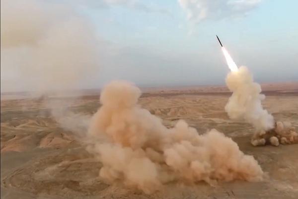 شلیک موشک های بالستیک سپاه