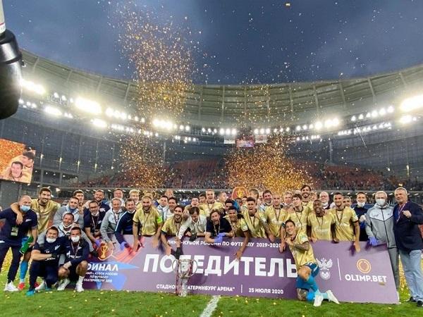 شکستن کاپ قهرمانی جام حذفی روسیه توسط کاپیتان تیم زنیت