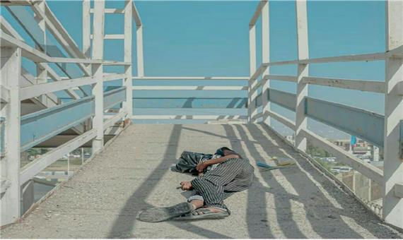 تصویری تلخ استراحت کودک کار اهوازی