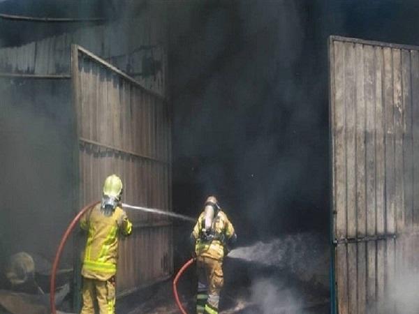 وقوع آتش سوزی گسترده در شهرک صنعتی جاجرود