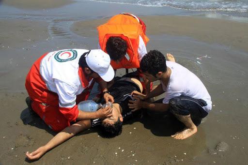 نجات جان ۱۶ غریق از سواحل مازندران در روز عاشورا