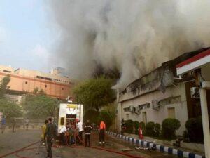 آتش سوزی پاساژ پردیس جزیره کیش