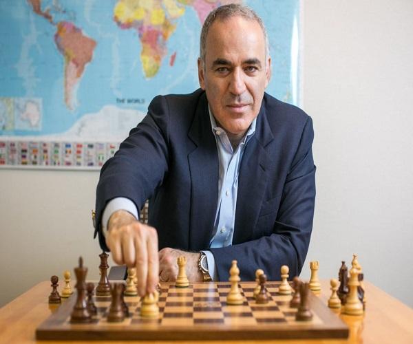 عصبانیت شدید کاسپاروف باعث باختش در مسابقات آنلاین شطرنج شد