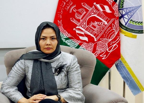 معصومه خاوری اولین وزیر زن افغانستان