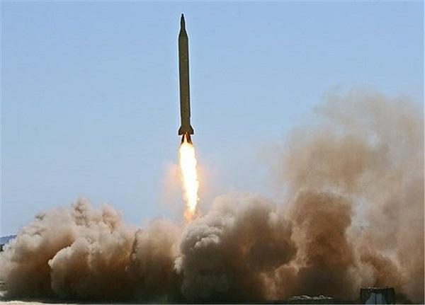 سپاه پاسداران از موشک بالستیک دوربرد «رگباری» رونمایی کرد