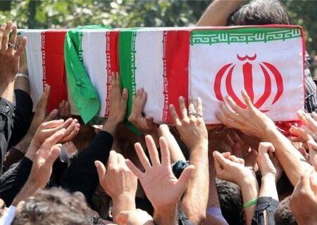پیکر هفت شهید گمنام وارد فرودگاه کرمان شد