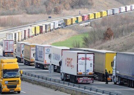 درگیری کامیون داران با پلیس در مرز انگلیس