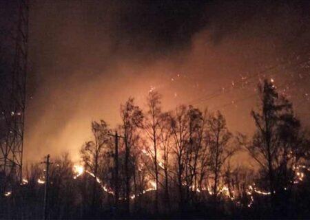 وقوع آتش سوزی شدید در جنگل های آقچای + فیلم