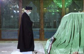 تصاویر حضور رهبر معظم انقلاب در مرقد مطهر امام خمینی (ره) و گلزار شهیدان