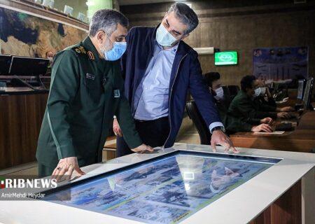 بدون تعارف با سردار حاجی زاده یک سال پس از حمله موشکی سپاه به عین الاسد