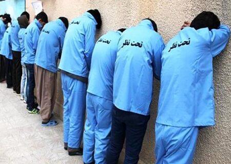 دستگیری خانواده ۱۸ نفره خلافکار در کرمان