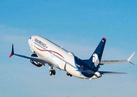 آتش سوزی موتور هواپیمای مسافربری در آمریکا
