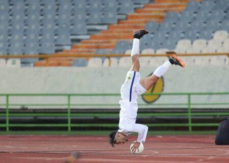 شوخی کاربران توئیتر با پرتاب های اوت نادر محمدی