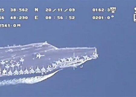 پرواز پهپادهای سپاه برفراز ناو هواپیمابر آمریکا در خلیج فارس + فیلم