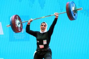 شکستن رکورد وزنه برداری زنان