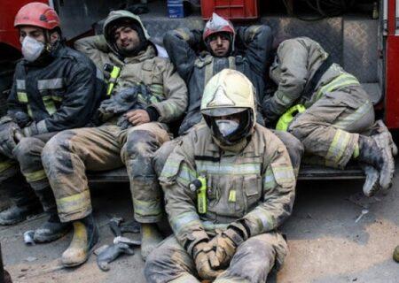 ضرب و شتم دو آتشنشان در مشهد در پی آتشسوزی بازار مصلی