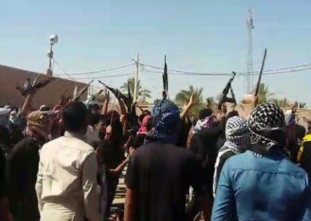 ببینید | تیراندازی سنگین مردان مسلح در مراسم عزاداری روستای سویره خوزستان