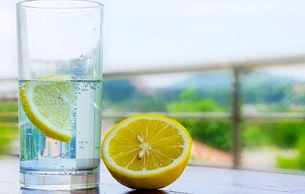نوشیدن آب و لیموترش ناشتا