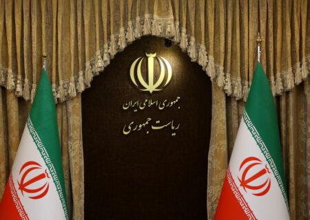 دولت روحانی: اصلاح قیمت بنزین تصمیم کلان ملی و حاکمیتی بود