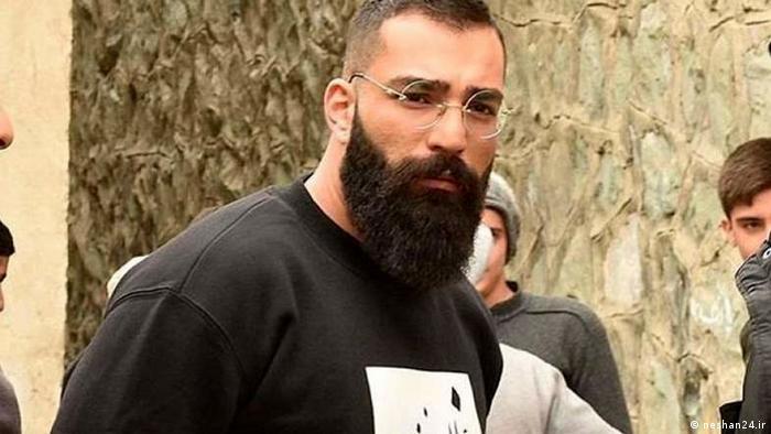 """دادگاه """"حمید صفت"""" باز هم معوق شد/ استعلام درباره علت قتل پدرخوانده"""