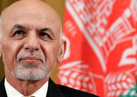 رئیس جمهور افغانستان کشورش را ترک کرد / خروج اشرف غنی از افغانستان
